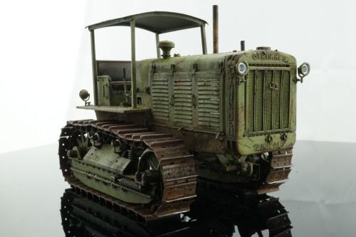 Tractor03.jpg