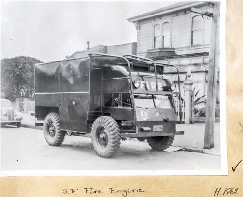 H1863-Quad-fire-engine.jpg